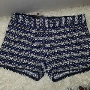 "Shorts 5"" inseam"